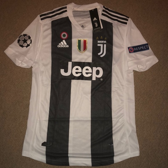 superior quality c09fa e57ed AUTHENTIC Juventus Home Jersey #7 Ronaldo NWT